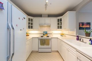 Photo 11: 308 5835 HAMPTON PLACE in Vancouver West: University VW Condo for sale ()  : MLS®# V1124878