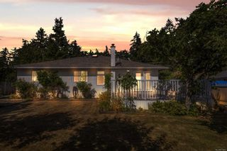 Photo 25: 4806 Cordova Bay Rd in : SE Sunnymead House for sale (Saanich East)  : MLS®# 879869