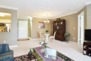 """Photo 8: 313 20894 57 Avenue in Langley: Langley City Condo for sale in """"BAYBERRY LANE"""" : MLS®# R2554939"""