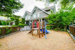 """Photo 20: 81 6878 SOUTHPOINT Drive in Burnaby: South Slope Townhouse for sale in """"CORTINA"""" (Burnaby South)  : MLS®# R2369497"""