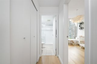 """Photo 13: PH2401 1010 RICHARDS Street in Vancouver: Yaletown Condo for sale in """"THE GALLERY"""" (Vancouver West)  : MLS®# R2498796"""