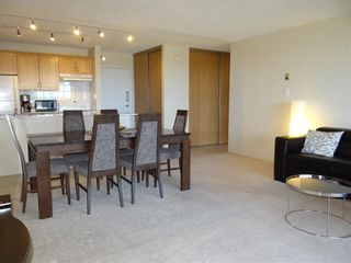Photo 4: 1806 221 6 Avenue SE in Calgary: Downtown Commercial Core Apartment for sale : MLS®# C4239500