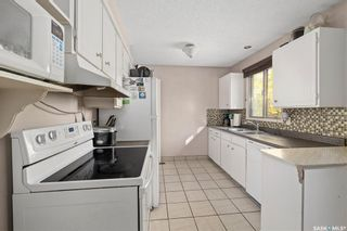 Photo 6: 206 Michener Crescent in Saskatoon: Pacific Heights Residential for sale : MLS®# SK870716