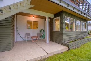 """Photo 30: 3321 DALEBRIGHT Drive in Burnaby: Government Road House for sale in """"GOVERNMENT RD AREA"""" (Burnaby North)  : MLS®# R2268285"""
