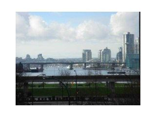 "Main Photo: 405 189 NATIONAL Avenue in Vancouver: Mount Pleasant VE Condo for sale in ""SUSSEX AT CITYGATE"" (Vancouver East)  : MLS®# R2121201"