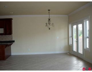 """Photo 5: 21211 83B Avenue in Langley: Willoughby Heights House for sale in """"The Uplands of Yorkson"""" : MLS®# F2918583"""