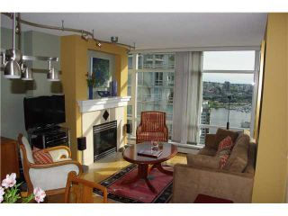 "Photo 3: 3306 1199 MARINASIDE Crescent in Vancouver: False Creek North Condo for sale in ""AQUARIUS 1"" (Vancouver West)  : MLS®# V836941"