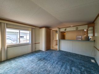 """Photo 6: 17 7817 HIGHWAY 97 S in Prince George: Sintich Manufactured Home for sale in """"Sintich Adult Mobile Home Park"""" (PG City South East (Zone 75))  : MLS®# R2614001"""