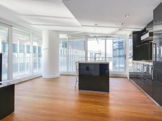 Photo 4: 2006 777 RICHARDS STREET in Vancouver: Downtown VW Condo for sale (Vancouver West)  : MLS®# R2184855