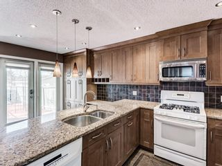Photo 13: 327 River Rock Circle SE in Calgary: Riverbend Detached for sale : MLS®# A1089764