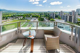 Photo 1: 1910 4825 HAZEL Street in Burnaby: Forest Glen BS Condo for sale (Burnaby South)  : MLS®# R2614285
