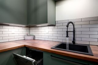"""Photo 5: 311 5224 204 Street in Langley: Langley City Condo for sale in """"Southwynde"""" : MLS®# R2466950"""