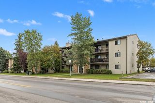 Photo 1: 302 275 KINGSMERE Boulevard in Saskatoon: Lakeview SA Residential for sale : MLS®# SK833907