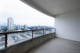 """Photo 11: 1200 4830 BENNETT Street in Burnaby: Metrotown Condo for sale in """"BALMORAL"""" (Burnaby South)  : MLS®# R2616459"""