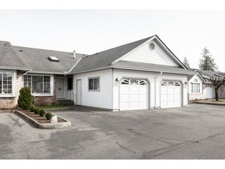 """Photo 1: 52 33922 KING Road in Abbotsford: Poplar Townhouse for sale in """"Kingsview Estates"""" : MLS®# R2347892"""