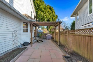 Photo 19: 15578 ROPER Avenue: White Rock House for sale (South Surrey White Rock)  : MLS®# R2332642