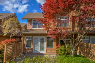 """Photo 27: 2 5201 OAKMOUNT Crescent in Burnaby: Oaklands Townhouse for sale in """"HARLANDS"""" (Burnaby South)  : MLS®# R2161248"""