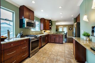 Photo 9: 3155 GLADE Court in Port Coquitlam: Birchland Manor House for sale : MLS®# R2625900