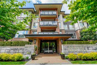 """Main Photo: 418 1150 KENSAL Place in Coquitlam: New Horizons Condo for sale in """"THOMAS HOUSE BY POLYGON"""" : MLS®# R2453457"""