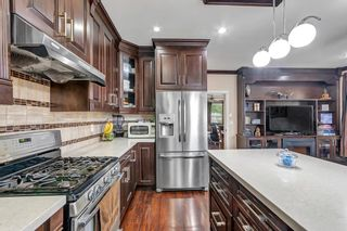 Photo 5: 7032 144 Street in Surrey: East Newton 1/2 Duplex for sale : MLS®# R2578932