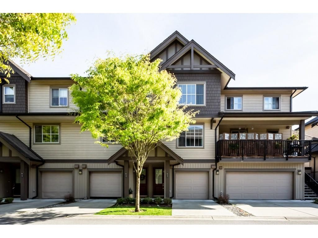 """Main Photo: 21 9525 204 Street in Langley: Walnut Grove Townhouse for sale in """"TIME"""" : MLS®# R2364316"""