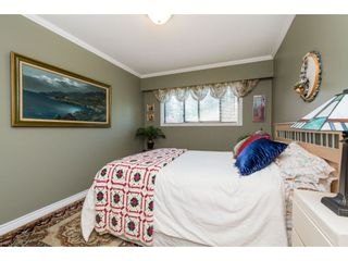 """Photo 14: 12 32817 MARSHALL Road in Abbotsford: Central Abbotsford Townhouse for sale in """"Compton Green"""" : MLS®# R2373757"""