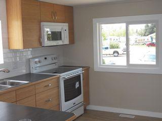 Photo 3: 257 LEE_RIDGE Road NW in Edmonton: Zone 29 House for sale : MLS®# E4248957