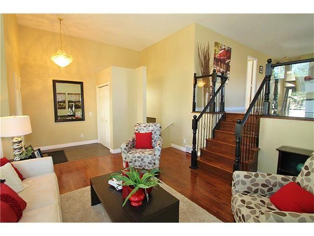Photo 8: Photos: 122 HIDDEN RANCH Circle NW in Calgary: Hidden Valley House for sale : MLS®# C4075298