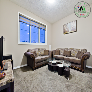 Photo 1: 142 Skyview Point Crescent NE in Calgary: Skyview Ranch House for sale