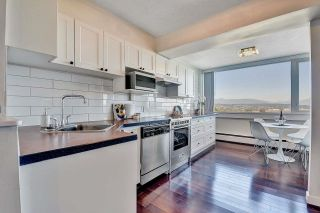 """Photo 9: 1203 31 ELLIOT Street in New Westminster: Downtown NW Condo for sale in """"ROYAL ALBERT TOWERS"""" : MLS®# R2621775"""