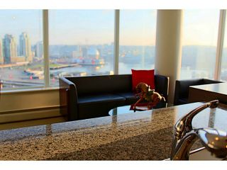 """Photo 8: 2002 688 ABBOTT Street in Vancouver: Downtown VW Condo for sale in """"FIRENZE TOWER 2"""" (Vancouver West)  : MLS®# V1041462"""