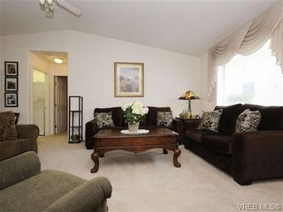 Photo 15: 82 Wolf Lane in VICTORIA: VR Glentana Manufactured Home for sale (View Royal)  : MLS®# 700173