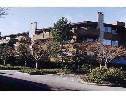 """Main Photo: 106 7295 MOFFATT RD in Richmond: Brighouse South Condo for sale in """"DORCHESTER CIRCLE"""" : MLS®# V558062"""