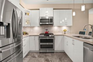 Photo 2: 408 3535 146A Street in Surrey: King George Corridor Condo for sale (South Surrey White Rock)  : MLS®# R2543546