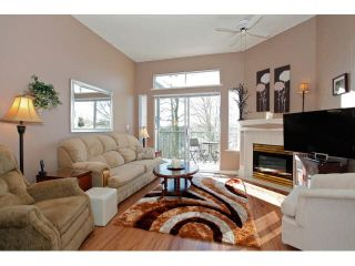 "Photo 3: 311 5955 177B Street in Surrey: Cloverdale BC Condo for sale in ""WINDSOR PLACE"" (Cloverdale)  : MLS®# F1433073"