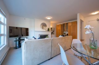"""Photo 8: PH 401 2181 W 12TH Avenue in Vancouver: Kitsilano Condo for sale in """"THE CARLINGS"""" (Vancouver West)  : MLS®# R2516161"""