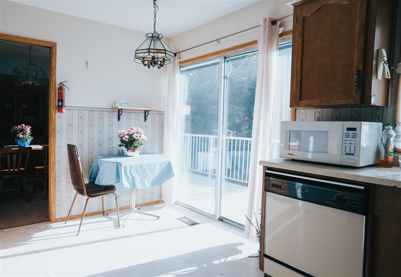 Photo 12: Photos: 3655 FIFE Place in Abbotsford: Central Abbotsford House for sale : MLS®# R2479390