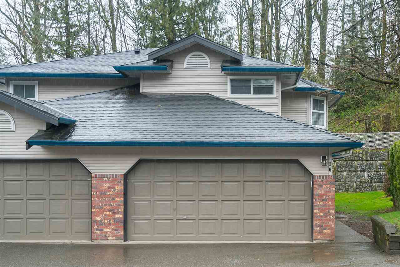 Main Photo: 36 36060 OLD YALE Road in Abbotsford: Abbotsford East Townhouse for sale : MLS®# R2150481