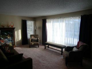 Photo 3: 1246 105 Street in Edmonton: Zone 16 Condo for sale : MLS®# E4217042