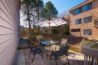 "Photo 5: 125 8511 ACKROYD Road in Richmond: Brighouse Condo for sale in ""LEXINGTON SQUARE"" : MLS®# R2354588"