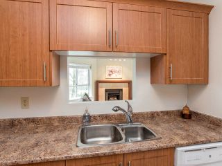 """Photo 5: 110 8651 ACKROYD Road in Richmond: Brighouse Condo for sale in """"The Cartier"""" : MLS®# R2152253"""