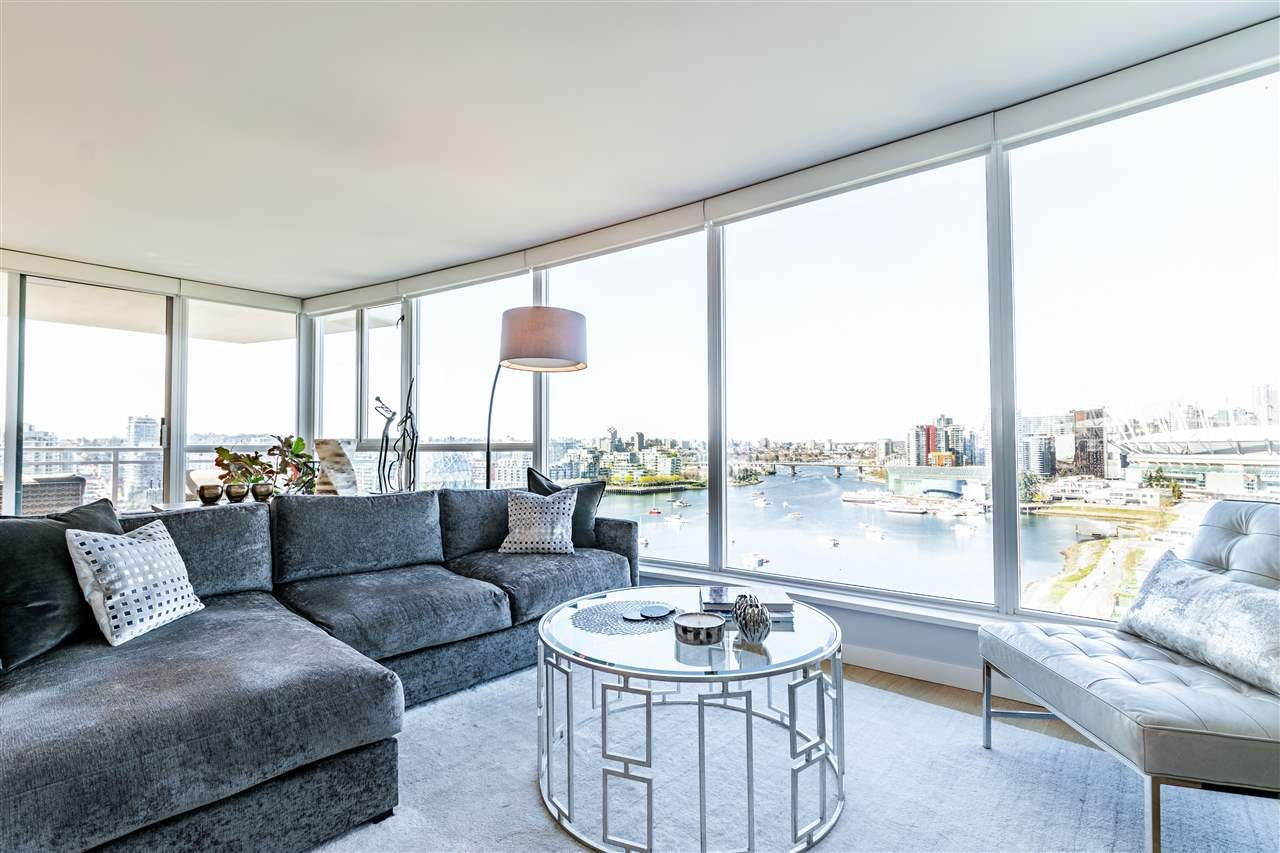 """Photo 17: Photos: 1605 120 MILROSS Avenue in Vancouver: Downtown VE Condo for sale in """"THE BRIGHTON BY BOSA"""" (Vancouver East)  : MLS®# R2568798"""