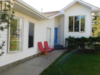 Photo 1: 47 Upland Drive W in Brooks: House for sale : MLS®# A1144738
