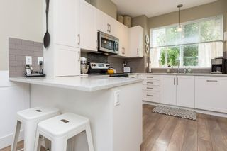 """Photo 22: 25 19477 72A Avenue in Surrey: Clayton Townhouse for sale in """"Sun at 72"""" (Cloverdale)  : MLS®# R2094312"""