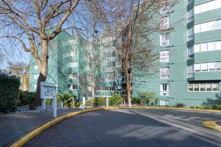 """Photo 21: 401 1508 MARINER Walk in Vancouver: False Creek Condo for sale in """"MARINER POINT"""" (Vancouver West)  : MLS®# R2573936"""