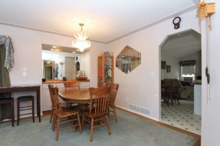 Photo 5: 8269 WHARTON PLACE in Mission: Mission BC House for sale : MLS®# R2372117