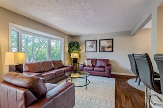 Photo 4: 2719 40 Street SW in Calgary: Glendale Detached for sale : MLS®# A1128228