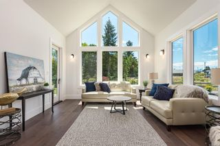 Photo 2: 2225 Crown Isle Dr in : CV Crown Isle House for sale (Comox Valley)  : MLS®# 853510