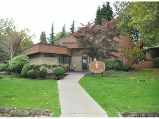 """Photo 12: 818 10620 150 Street in Surrey: Guildford Townhouse for sale in """"LINCOLN'S GATE"""" (North Surrey)  : MLS®# R2529461"""
