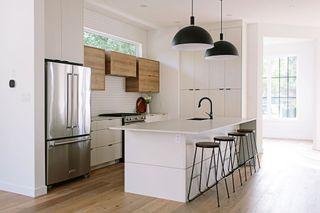Photo 5: 10562 66 Avenue in Edmonton: Zone 15 House for sale : MLS®# E4236199